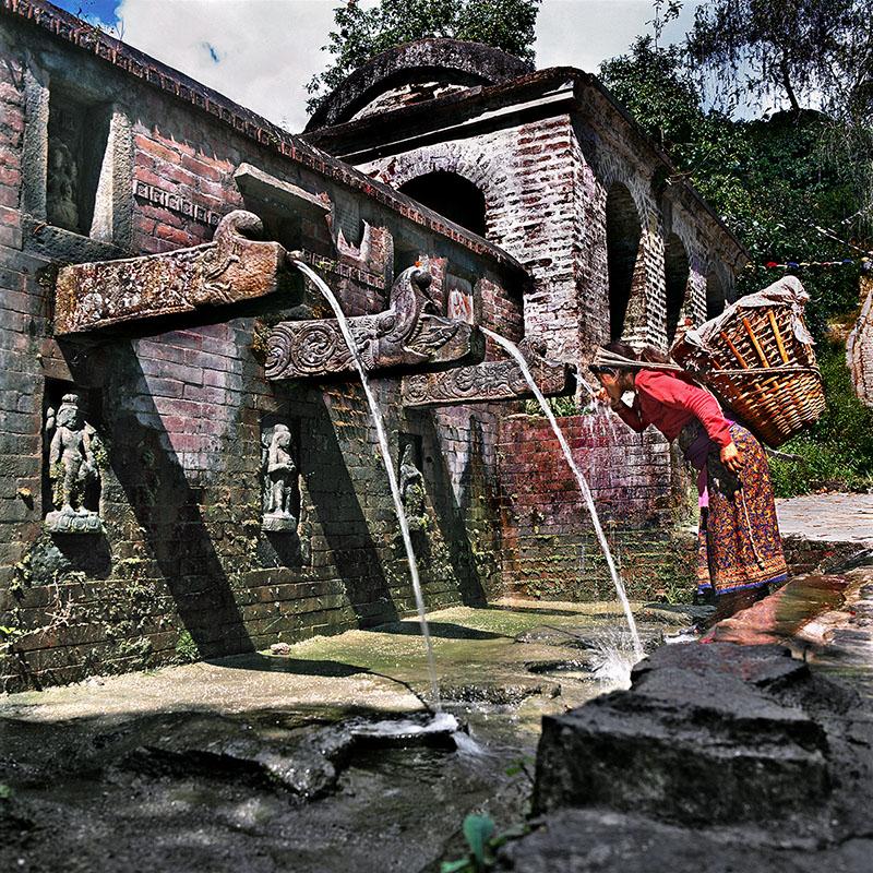 Fontaine publique - Vajra Yogini, Népal