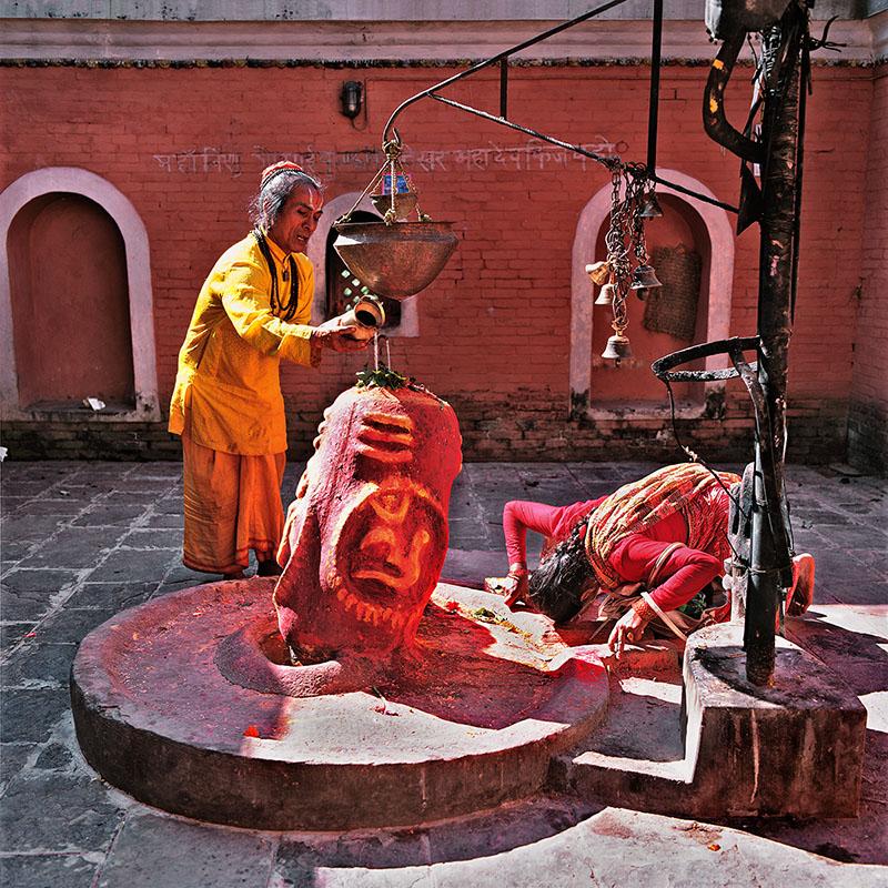 Dévotion au lingam - Pashupatinath (Kathmandu, Népal)