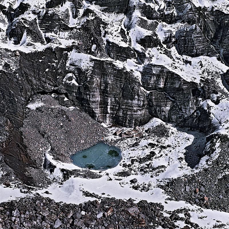 Lac glaciaire au pied de l'Annapurna Sud - Népal