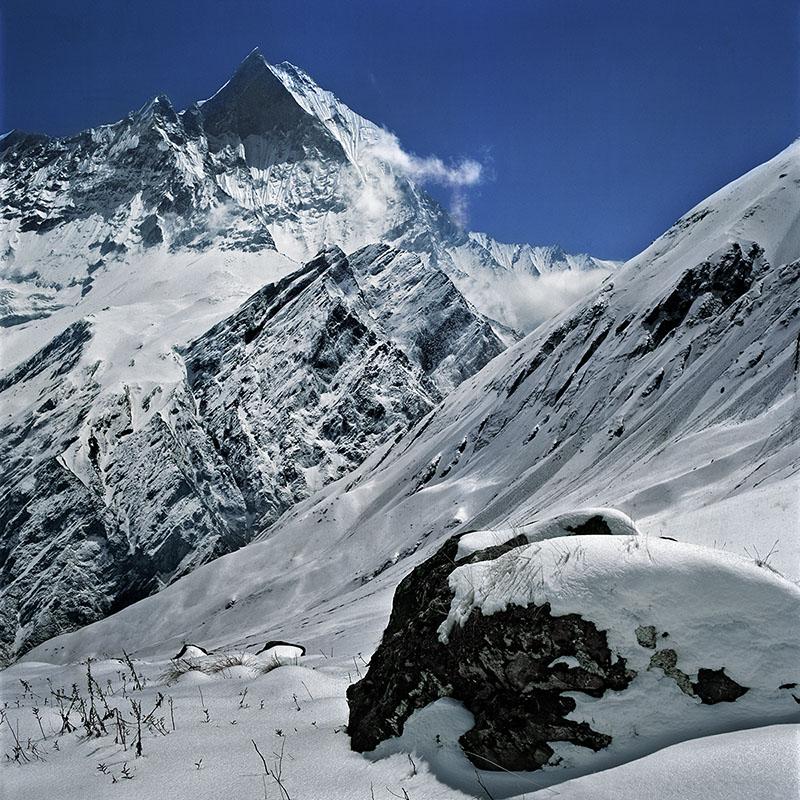 Vue sur la face ouest du Maacha Puchare – Nepal